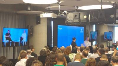 Die High-Tech-Grösse Eric Schmidt bei Google in Tel Aviv (Bild: Facebook/Campus Tel Aviv)