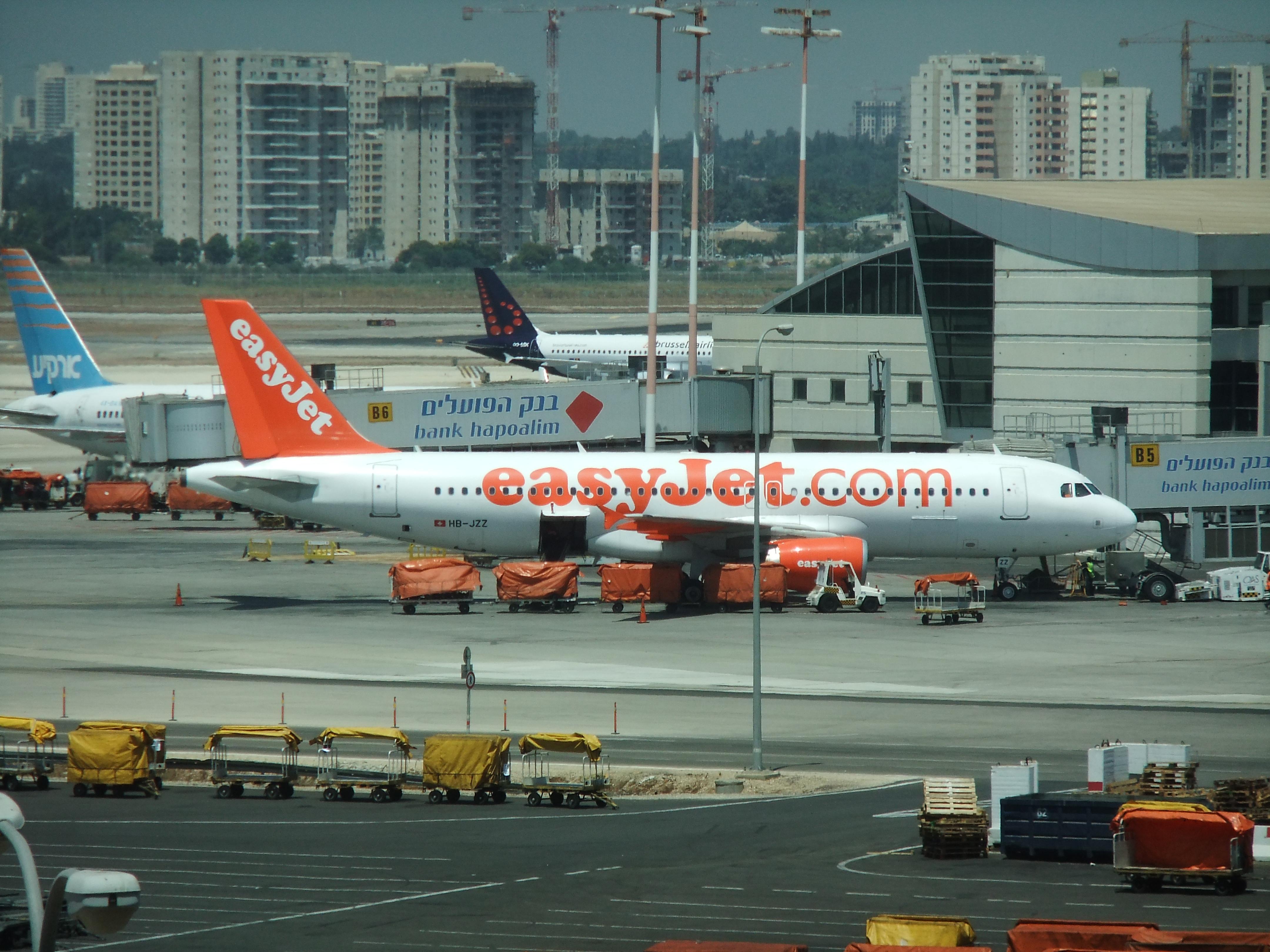 Der israelische Flughafen soll attraktiver für Billigfluglinien werden (Bild: Michaelg2588/Wikimedia).