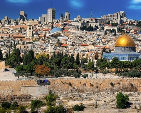 Jerusalem: Wunderschön für Touristen – aber für viele Bewohner immer unattraktiver. (Bild: Pixabay).