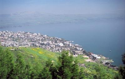 Der See Genezareth im Norden Israels (Bild: www.goisrael.com).