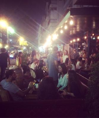Das Nachtleben in Tel Aviv eignet sich hervorragend für die Partnersuche (Bild: KH)